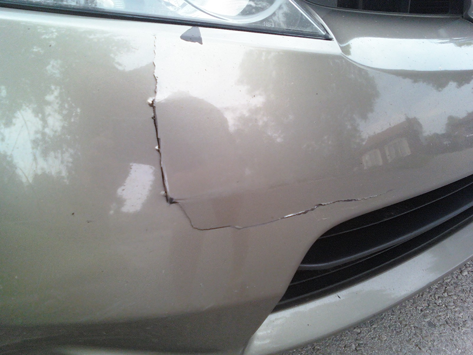 Fix scratch on car 11