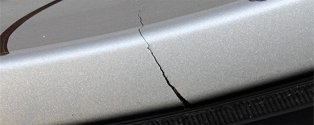 cracked-alloy-wheels